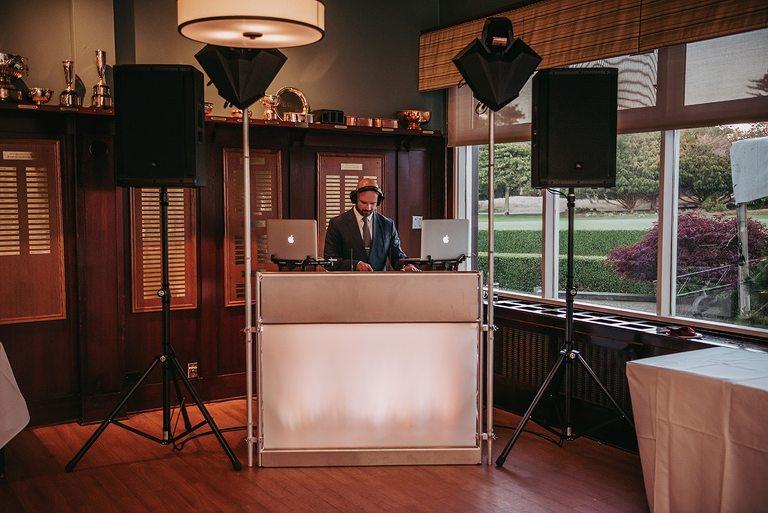 DJ Chris Poynter Victoria BC DJs Wedding Photographers.jpg