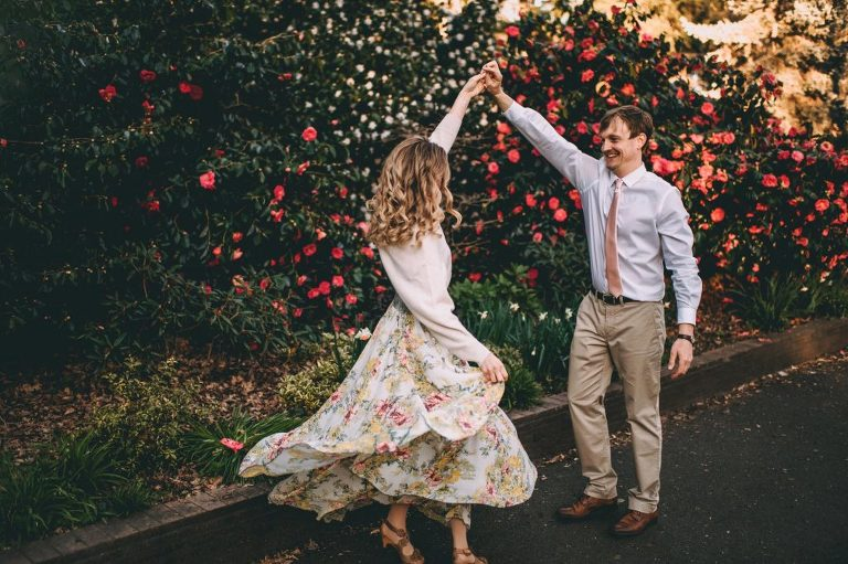 cherry blossom beacon hill park engagement couple session Victoria